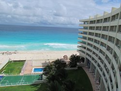 Crown Paradise Club Cancun - October 24, 2014