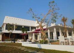 Seaside Beach Resto & Lounge