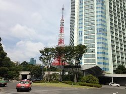 Main entrance with view of Tokyo Tower
