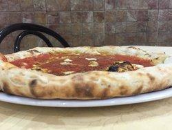 Ristorante - Pizzeria Mattozzi  Piazza Carità 2, Napoli ristorantepizzeriamattozzi@hotmail.co