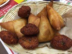 Raj Kapuri Paan & Snacks