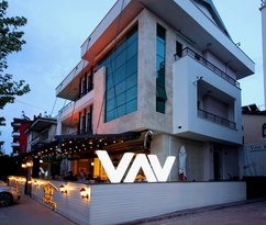 Vav Apartments