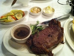 Prime Rib Queen Cut with Vegetable Medley
