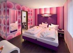 Retro Design Hotel