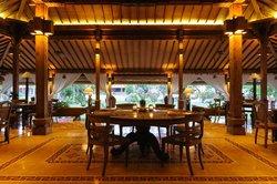 Paon Doeloe Restaurant