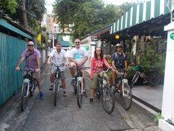 Follow Me Bike Tours