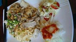 Daw Yee Myanmar Cafe