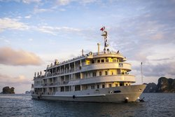 The Au Co Day Cruises