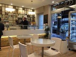 Sciuscia' Un Caffe Tra. Dolce E Salato
