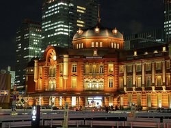 東京駅(丸の内側)