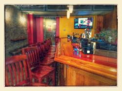 Mackie's Bar & Grill