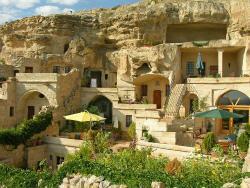 4ODA Cave House