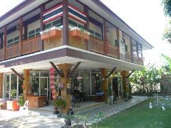 Plern Malee Resort & Cafe
