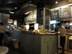 Kopi Legit Cafe & Resto