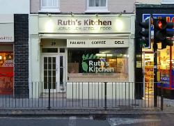 ‪Ruth's Kitchen‬