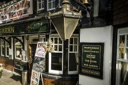 Pub close to Heathrow