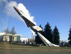 Памятник-самолёт Миг-21