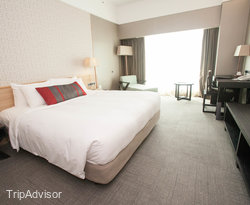 The Deluxe Room at the Grand Mercure Roxy Singapore
