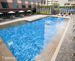 The Pool at the Grand Mercure Roxy Singapore