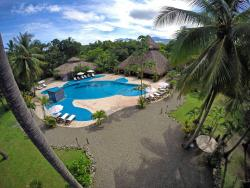 Clandestino Beach Resort