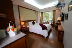 Golden Legend Hotel