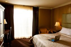 Executive Suites Hotel & Conference Centre, Metro Vancouver