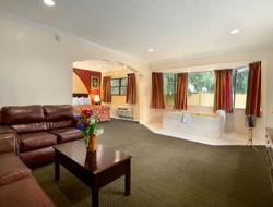 Howard Johnson Inn - Historic ST. Augustine FL