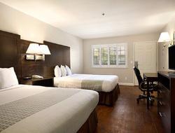 Baymont Inn & Suites Modesto