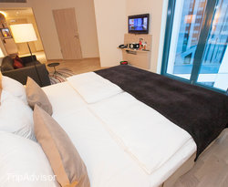 The Superior Family Room with Handicap Accessibility at the Scandic Hamburg Emporio