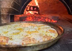 Orlando Pizza Al Trancio Con Forno a Legna