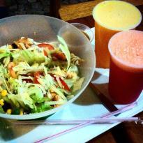 Nutare Sanduiches e Saladas