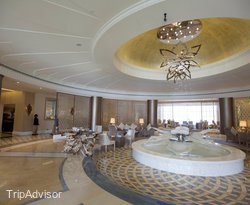 Acacia Lobby Lounge at the Habtoor Grand Resort, Autograph Collection, A Marriott Luxury...