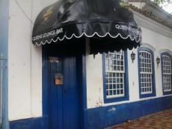 Queens Lounge Bar