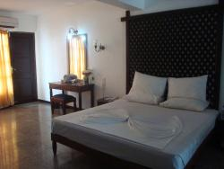 Bed Room 1 Palm Beach Hotel Colombo 03Nov14