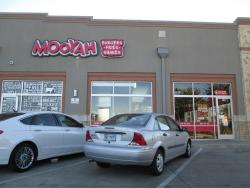 MOOYAH Burgers, Fries & Shakes