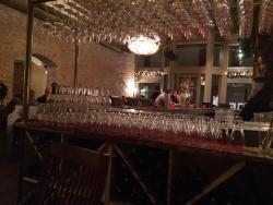 Farina's Wine Bar & Cafe