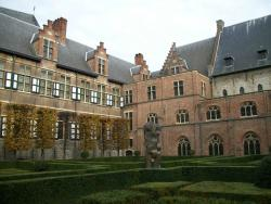 Het Pand Culture and Convention Center