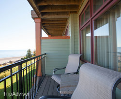 The King Lake Side Balcony Room at the Canal Park Lodge