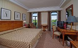 Melia Recoletos Hotel