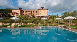 サルトニア トスカーナ ホテル