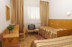 Slavutych Hotel