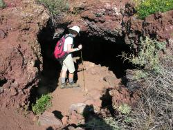 Old Cave Crater Trail