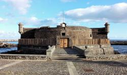 Castillo de San Juan Bautista (Castillo Negro)