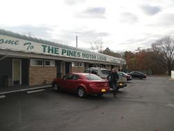 Pines Motor Lodge