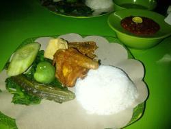 Nasi Tempong Indra