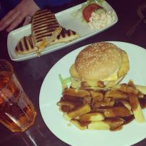 DGee's Cafe