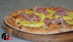 pizza crudo e ananas!