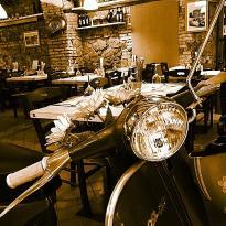 Bianco's Vespette e Forchette