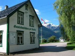 Gamlebutikken på Hjelle