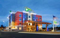 Holiday Inn Express & Suites Hot Springs